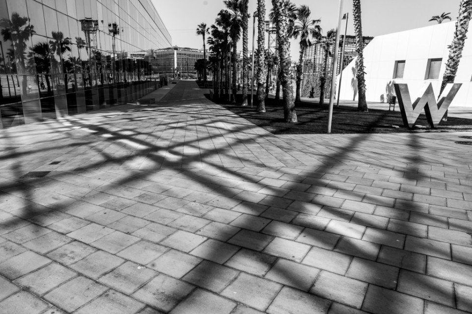 W Barcelona - entrada/ entrance